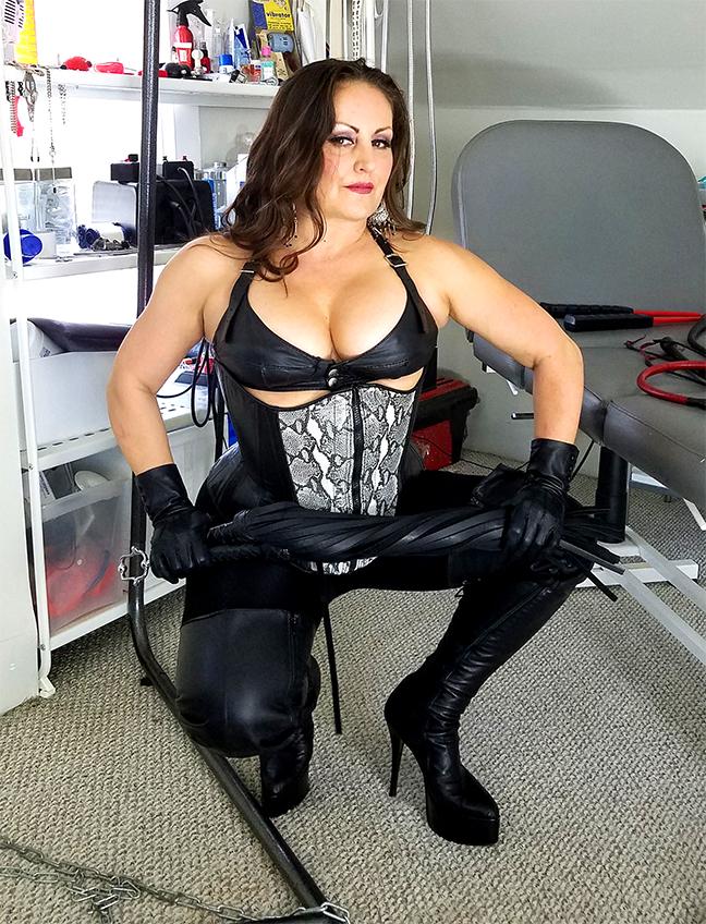 Mistress Gemini Strap