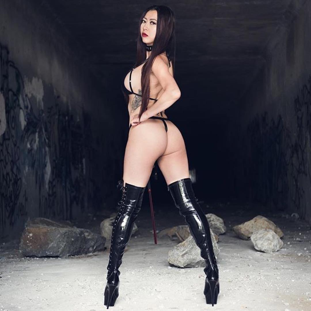 A perfekt femdom - 2 part 6